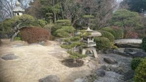 奥行きが広がる和庭園